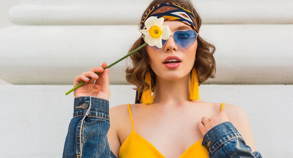 Prendas y accesorios de las mujeres que los chicos adoran. Foto: Shutterstock