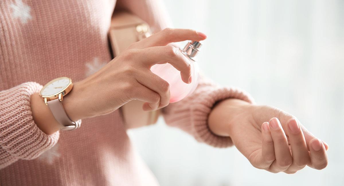 Cómo hacer que tu perfume dure más. Foto: Shutterstock