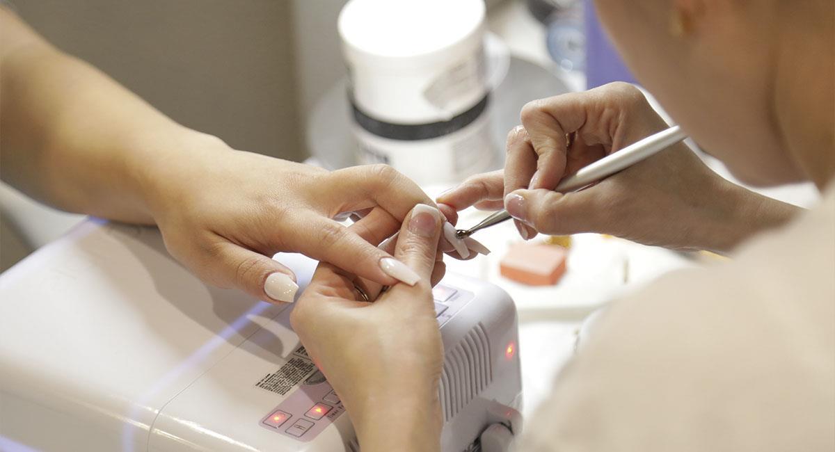 ¿Cómo reparar las uñas después del gel?. Foto: Shutterstock